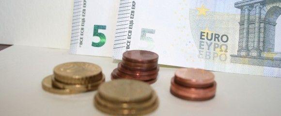 pinigai3